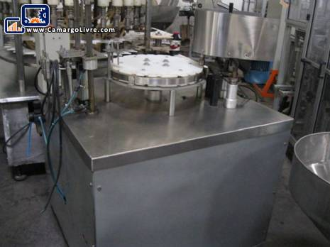 Liquid filler pistons 3 semiautomatic - N