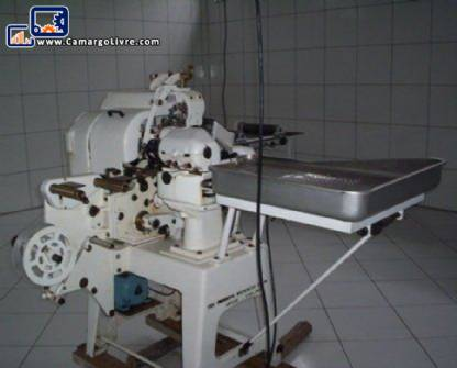 Candy wrapping machine Forgrove