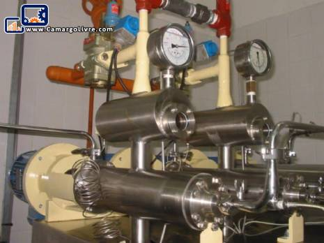 Extruder for margarines and vegetable fats